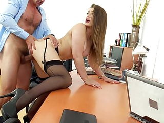 GEORGE – OFFICE FUCK