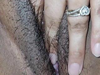Slut sucking dick