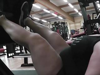female legpower anna konda lifts tons of weightsPorn Videos