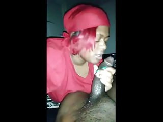 Ebony gf cumshot...