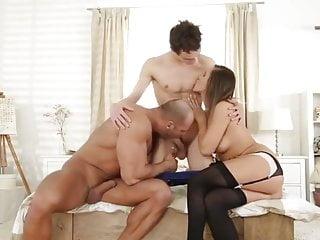 boyfriend sucking a bull 20200103 bi mmfHD Sex Videos