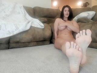 Milf feet porn pics