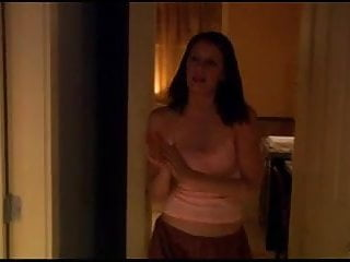 Paget Brewster - Huff s1e01