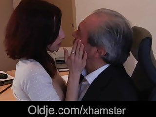Old boss fuck his sexy young assistant...
