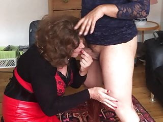 You Your Knees Suck  On And Sissyslave!