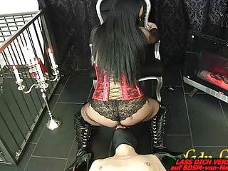 German bdsm fetish lady domina facesitting and piss...