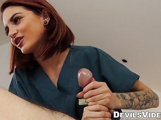 massage customer hot with Petite provides sex redhead