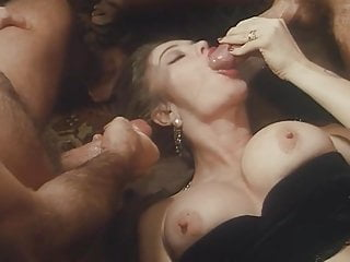 MMFMIKE: Blondes hot threesome