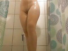 Novinha no chuveiro