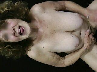 Granny passion naked beauty...
