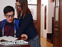 moms bang teens - jordi lilu moon minafree full porn