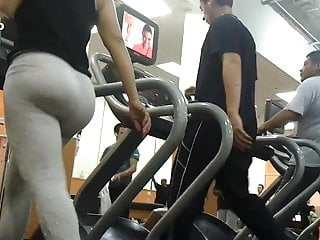 gym big booty latina 2