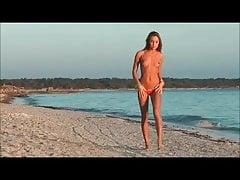Micro bikinibikini-strand