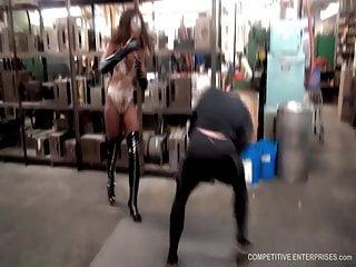 Ebony superheroine Nubia vs The Destroyer
