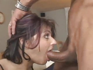 Nadia Nyce doing what she does best