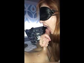 This older old milf really like to suck cock and lick cum