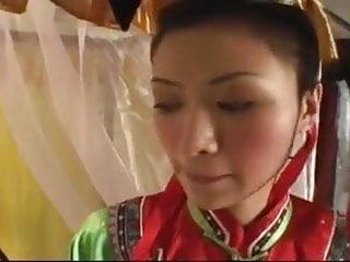 Chinese emperor fucks cocubines...