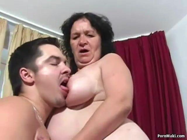Roma anya fia pornó