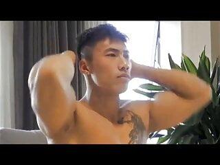 Chinese naked male model – Jiang Yufan