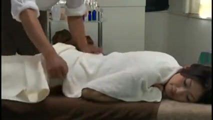 Reiko kobayakawa nevoie a  masaj