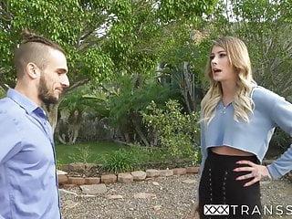 Transgender gets oral before taking large penis...