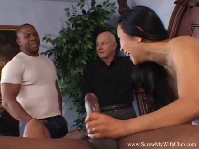 Cheating Wife Takes Black Cock