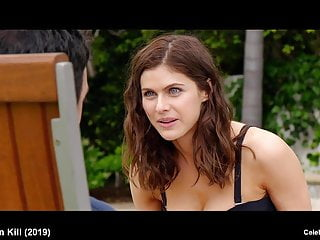 Celebrity Babe Hd Videos video: celebrity Alexandra Daddario sexy and wet bikini video