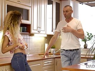 Daddy4k body language helps man communicate...