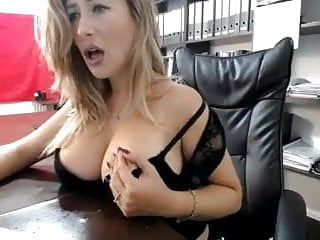 Big Tits Mature Webcam video: Hot Babe Toys At Work2