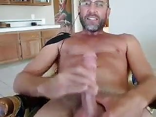 Hot Daddy Gives Himself A Nice Cum Facial