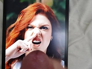 picking redhead Amanda her tribute to Cum nose