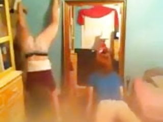 2 white girls trying to twerk (no nude)
