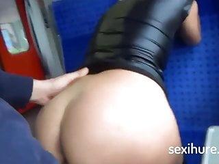 blonden geilen arsch heib, sex im zug