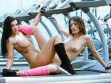 CHICAS LOCA - Susy Gala and Penelope Cum in lesbian gym sex