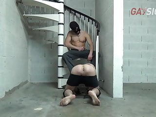 A submissive boy gets dominated for 24 hours in donjon