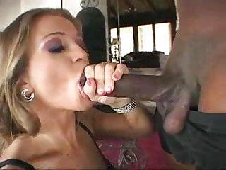 Milf Rita faltoyano pleasure bbc in mouth