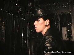 Leather Dominatrix 544
