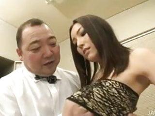Nozomi Mashiro takes matters in hand as she bosses an old gu