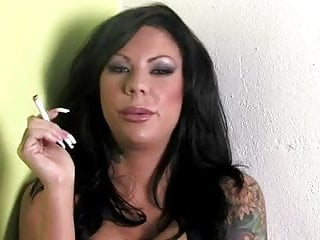 Mason Moore Smoking Long Nails