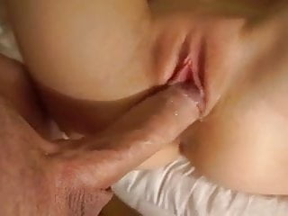 Cumming right into a attractive hole