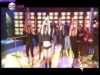 Giorgia Palmas erotic dance. Fantastc ass