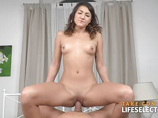 Suzy Rainbow – Brunette Babe Fucked Laborious By means of Large White Shaft
