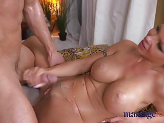 Massage rooms blonde babe gives hot handjob...