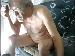 French wanker cums