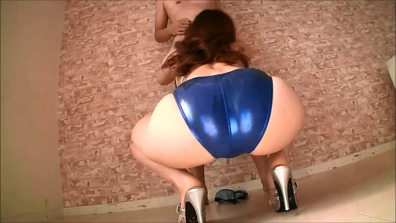 Big Ass British Amateur