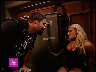 Mick Foley wanted to fuck Trish Stratus