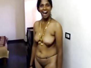 Hot aunty...