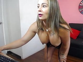 Webcam fantasy with 42 hispanic milf angela...