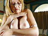 American Mom with nice tits and pussy