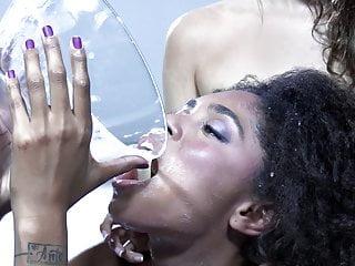 Premium Bukkake – Luna Corazon swallows 52 mega big mouthful cum
